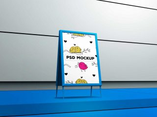 FREE BEAUTIFUL TABLE TENT POSTER MOCKUP