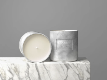 Luxurious White Candle Mockup Free PSD